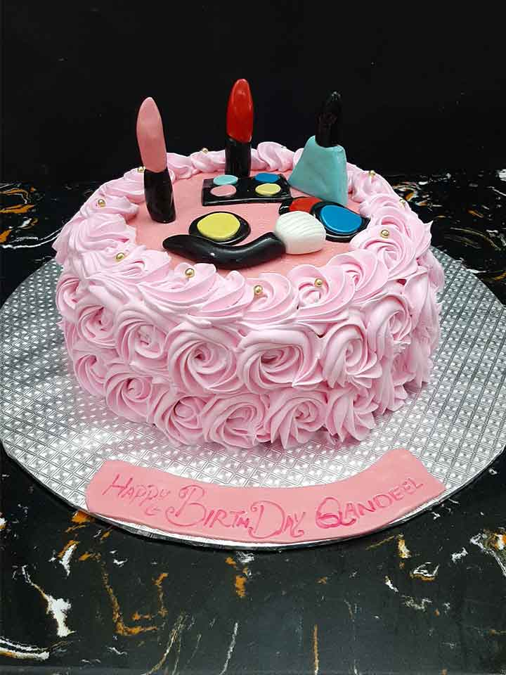 Buy a Beauty Makeup Cake for your Beloved
