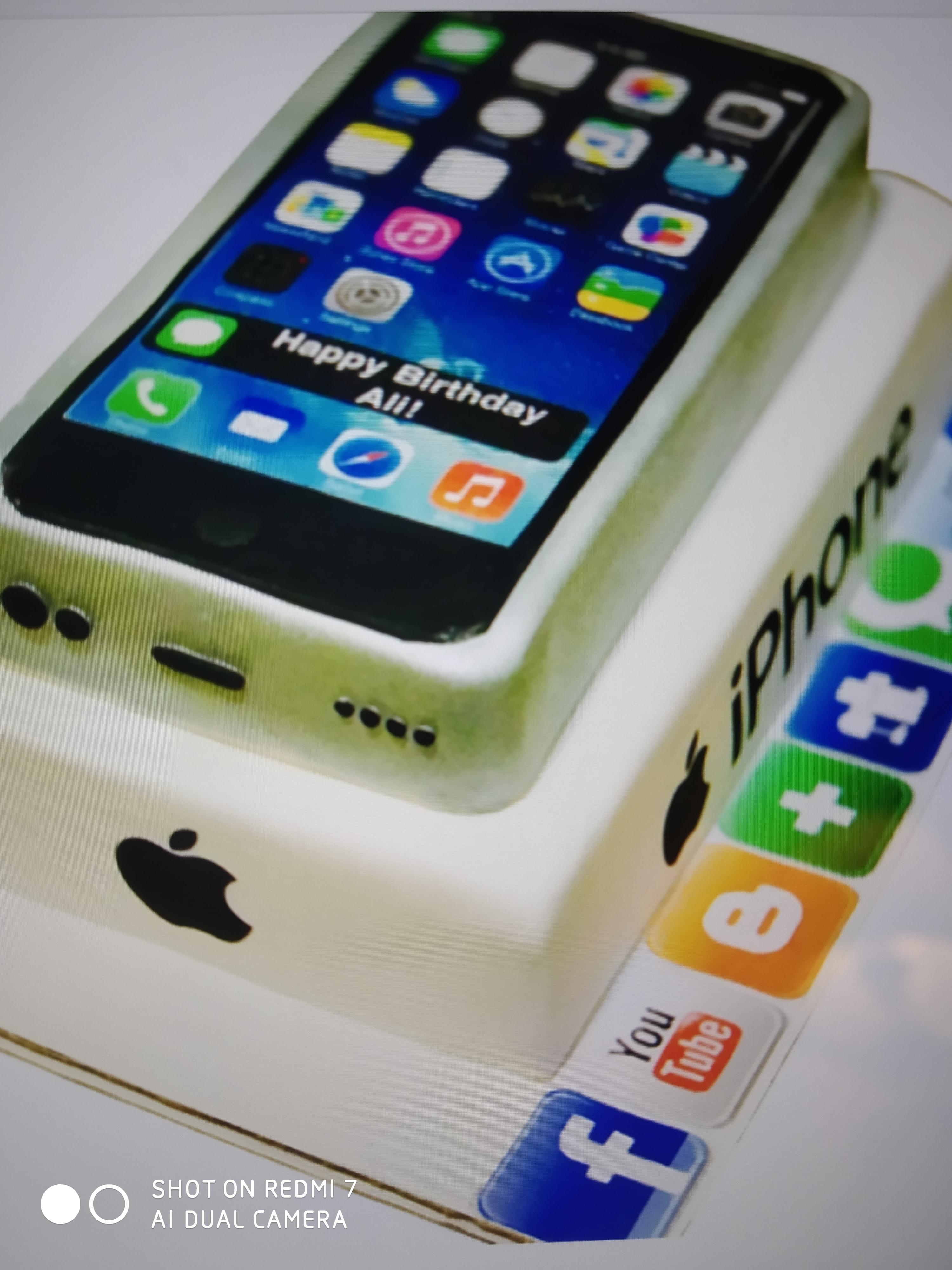 Iphone 8 Plus Cake