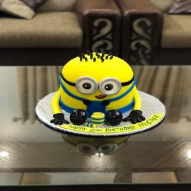 3d minion cake prices in Lahore
