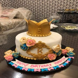 types of crown theme cake
