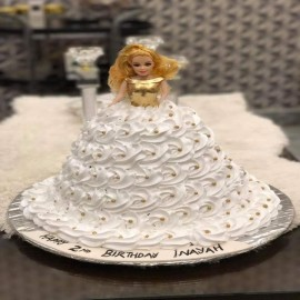 Vanilla Doll Cake