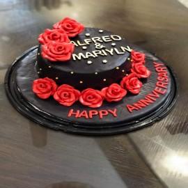 black fondant cake designs