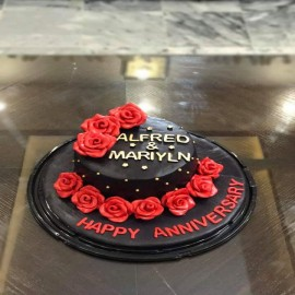 Black fondant cake in Lahore