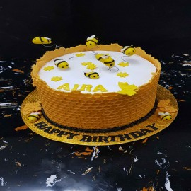 bee sheet cake